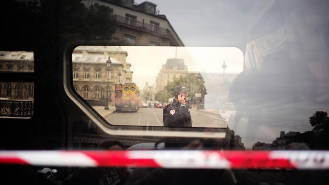 Γαλλία: 18χρονη μαθήτρια αυτοπυρπολήθηκε και πήδηξε από παράθυρο του σχολείου της