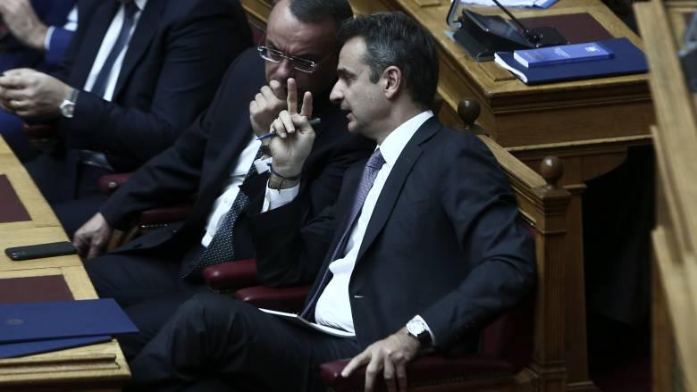 Ο νέος συνταγματικός χάρτης και η «α λα καρτ» συναίνεση μεταξύ κυβέρνησης και αντιπολίτευσης