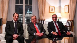 Κυπριακό: Διαπραγματεύονται άτυπη πενταμερή