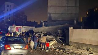 Σεισμός στην Αλβανία: Νεκροί, τραυματίες και μεγάλες υλικές ζημιές μετά τον σεισμό των 6,4 Ρίχτερ