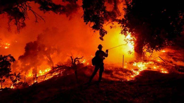 Καλιφόρνια: Νέο πύρινο μέτωπο κοντά στη Σάντα Μπάρμπαρα