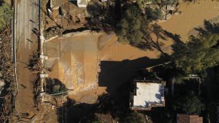Μετρούν τις πληγές τους στην Κινέτα: Ζημιές σε 300 σπίτια από την κακοκαιρία «Γηρυόνης»