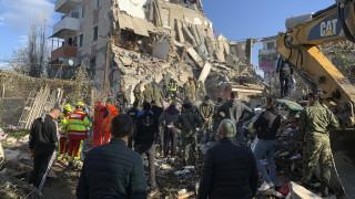 Σεισμός στην Αλβανία: Αυξάνεται ο απολογισμός  - «Μάχη» με το χρόνο δίνουν τα σωστικά συνεργεία