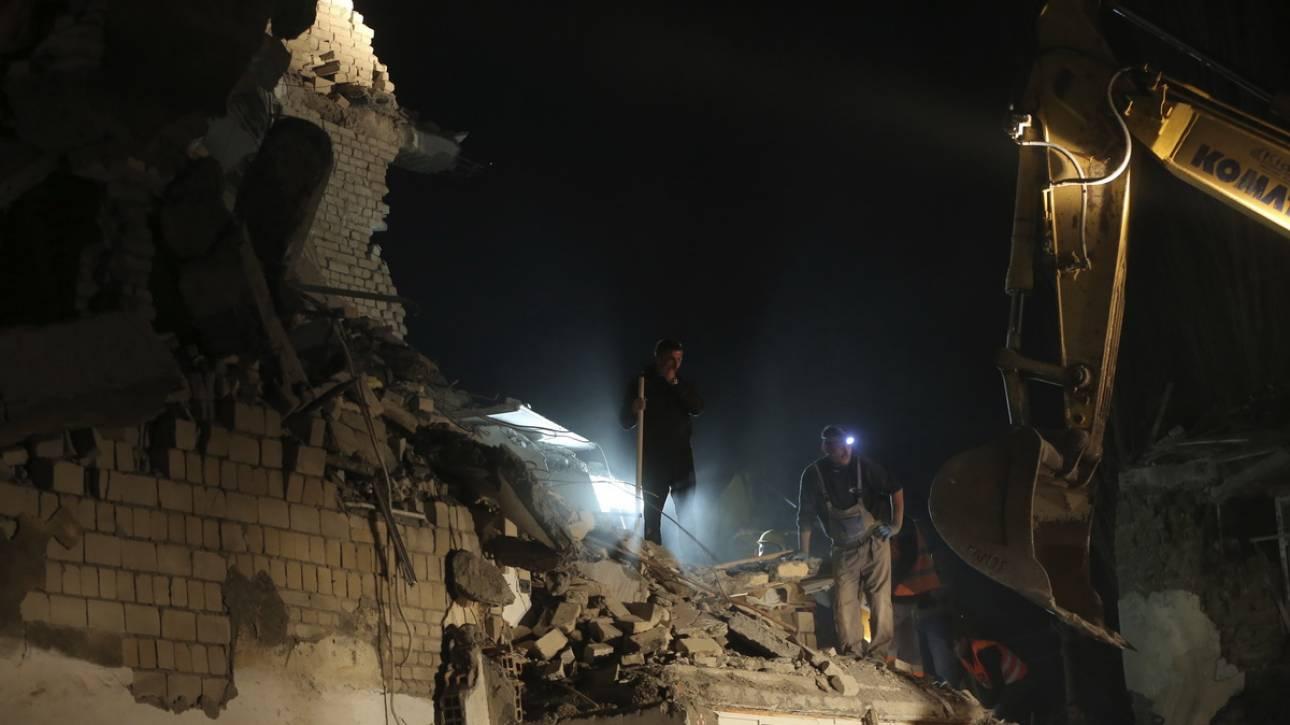 Ημέρα εθνικού πένθους στην Αλβανία - Μεγαλώνει η λίστα των νεκρών του καταστροφικού σεισμού