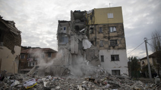 Σεισμός Αλβανία: Θρίλερ με 7χρονο παιδί εγκλωβισμένο στα ερείπια - Συγκλονίζει ο πατέρας του