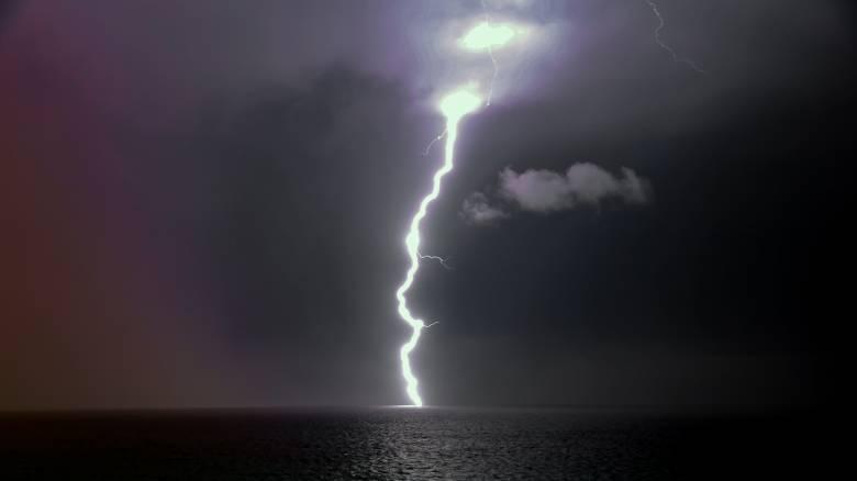 Καιρός - «Γηρυόνης»: Η κακοκαιρία «ξέσπασε» με 11.605 κεραυνούς και ρεκόρ βροχής