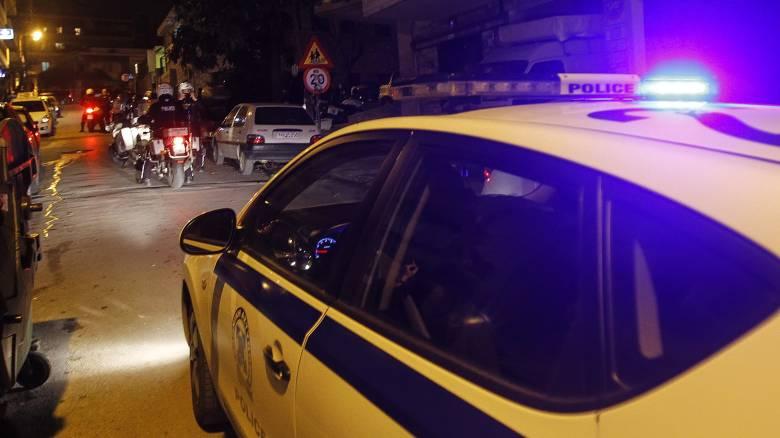 Θεσσαλονίκη: Πέντε ένοπλοι κουκουλοφόροι εισέβαλαν σε σπίτι ηλικιωμένων