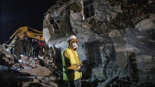 Σεισμός Αλβανία: Τρεις νεκρούς ανέσυρε η ΕΜΑΚ