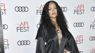 Rihanna: Η γενέτειρά της, τα νησιά Μπαρμπέιντος, την τιμούν με δικό της μουσείο