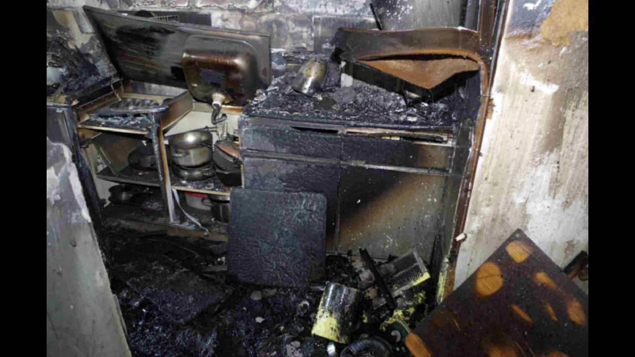 https://cdn.cnngreece.gr/media/news/2019/11/28/198898/photos/snapshot/2018-06-04T123332Z_302801563_RC1ED2556550_RTRMADP_3_BRITAIN-FIRE-INQUIRY.JPG