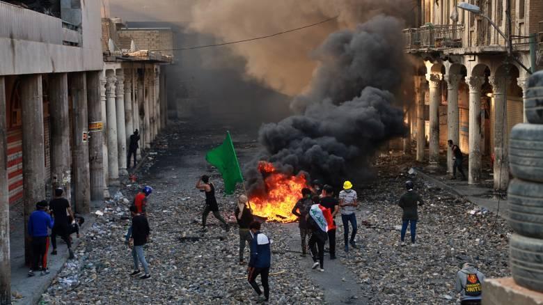 Χάος στο Ιράκ: Τουλάχιστον 35 νεκροί σε συγκρούσεις με τις δυνάμεις ασφαλείας
