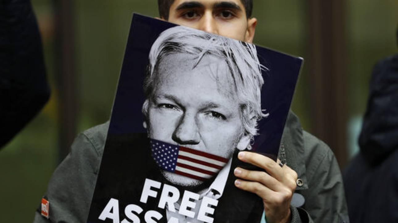 Η ζωή του Άσανζ απειλείται και μαζί της και η δημοσιογραφία