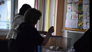 Δημοσκόπηση: Ανοίγει η «ψαλίδα» ανάμεσα σε ΝΔ - ΣΥΡΙΖΑ