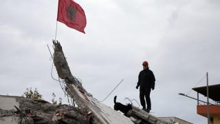Σεισμός Αλβανία: «Σβήνουν» οι ελπίδες για επιζήσαντες - Σταματούν οι έρευνες στα συντρίμμια