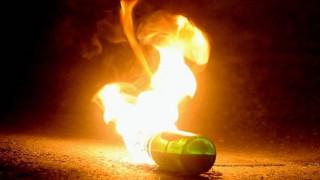 Εξάρχεια: Επίθεση με μολότοφ κατά των ΜΑΤ στη Χαριλάου Τρικούπη