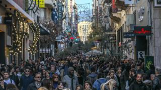 Εορταστικό ωράριο: Πώς θα λειτουργήσουν τα μαγαζιά κατά τη διάρκεια των εορτών