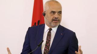 Σεισμός στην Αλβανία: Ο Έντι Ράμα ευχαρίστησε την Ελλάδα για την βοήθεια