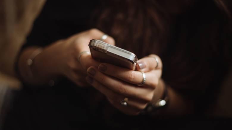 Κινητή τηλεφωνία: «Ανάσα» για τους συνδρομητές - Έρχονται μειώσεις και διπλασιασμός data