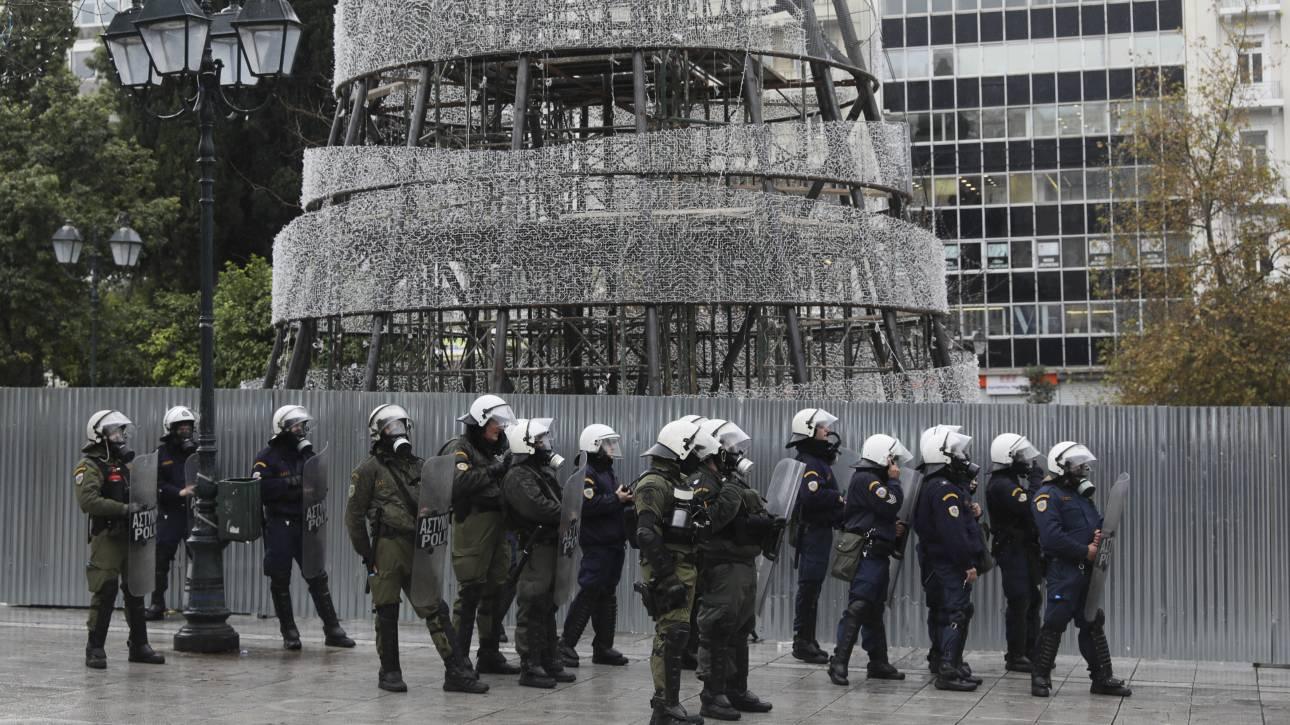 Αστυνομικό «δίχτυ ασφαλείας» πάνω από την Αθήνα τα Χριστούγεννα