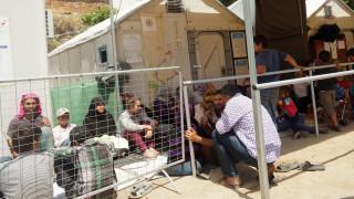 Επεισόδια και τραυματισμοί μεταξύ μεταναστών την Κυριακή στη Χίο