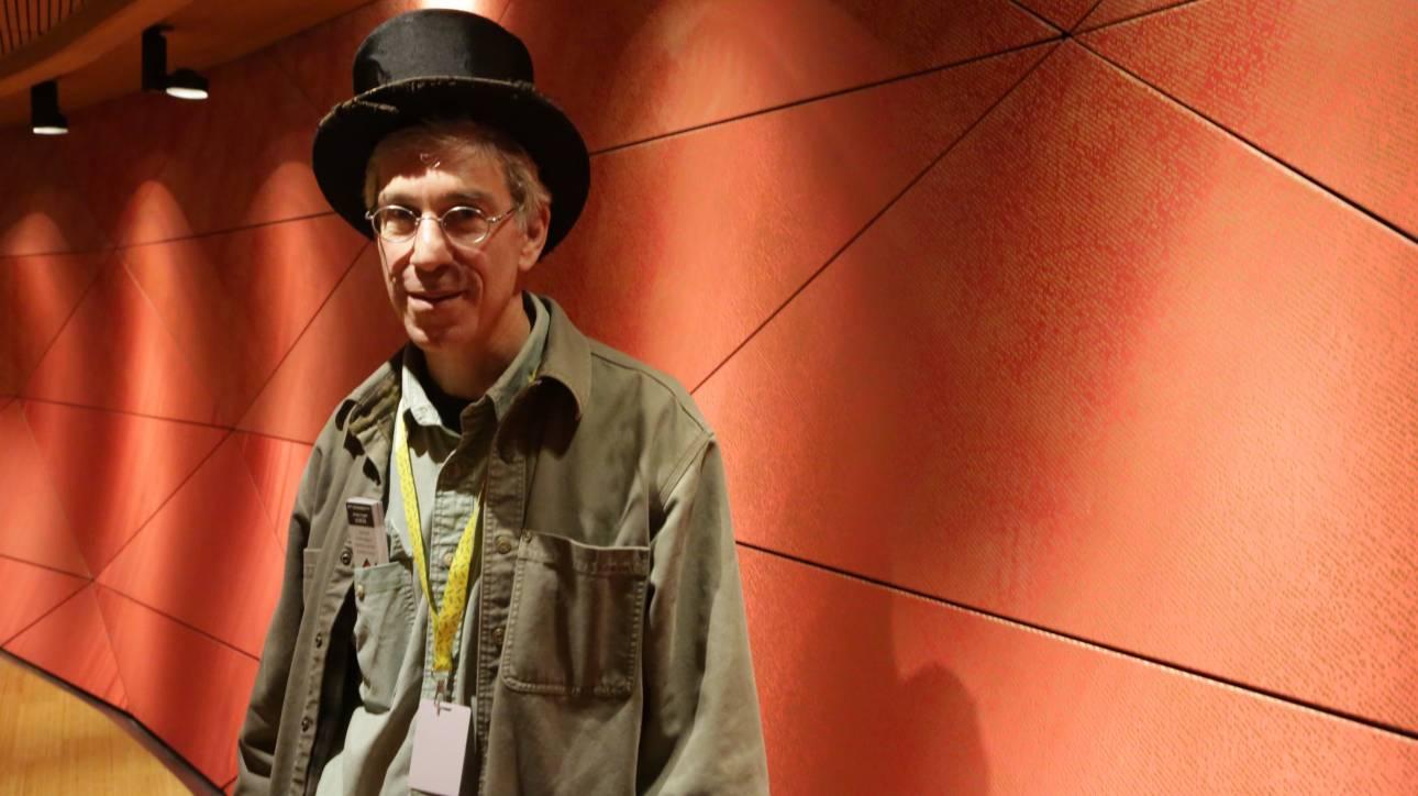 Μάρκ Άμπραχαμς: Από την «παράξενη επιστήμη» προκύπτουν μεγάλες ιδέες