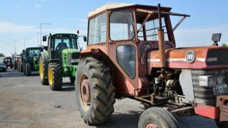 Μπλόκα αγροτών: Ξεκινούν σε Λάρισα και Καρδίτσα την Τετάρτη