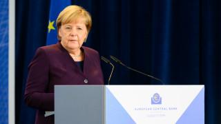 «Όχι» της Μέρκελ σε αλλαγές στην προγραμματική συμφωνία της κυβέρνησης συνασπισμού