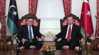 Al Arabiya - Λιβύη: Εθνικός Στρατός και Βουλή χαρακτηρίζουν παράνομη τη συμφωνία με την Τουρκία