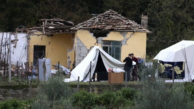 Σεισμός Αλβανία: Παραμένουν ανοιχτές οι πληγές των κατοίκων – Φοβούνται να γυρίσουν σπίτια τους