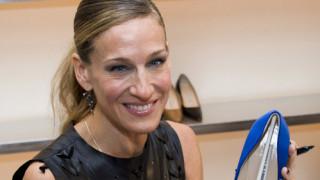 Manolo Blahnic: Λουκέτο στο μαγαζί με τα αγαπημένα παπούτσια της Κάρι Μπράντσο στη Νέα Υόρκη