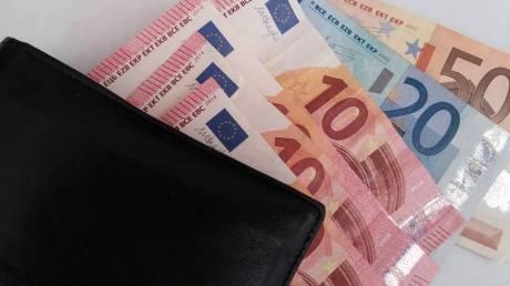 Επίδομα γέννας: Ποιοι οι δικαιούχοι των 2.000 ευρώ
