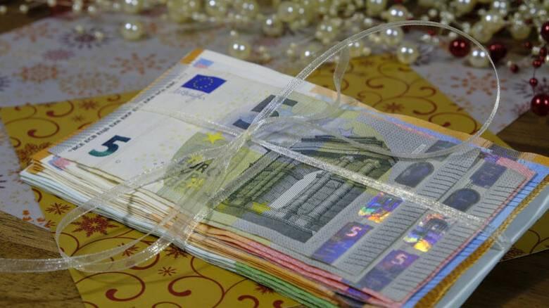 ΟΑΕΔ: Νωρίτερα θα καταβληθούν δώρο Χριστουγέννων και επιδόματα