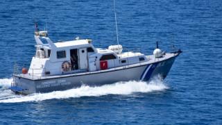 Στη Σκύρο παραμένει το πλήρωμα του πλοίου που έπλεε ακυβέρνητο - Πληροφορίες για τραυματίες