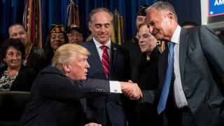 Άικ Περλμάτερ: Ο μυστηριώδης δισεκατομμυριούχος πίσω από τη Marvel - Η σχέση του με τον Τραμπ