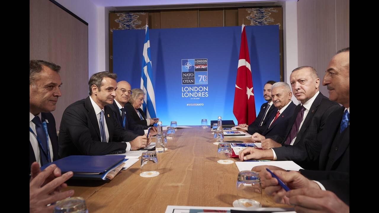 https://cdn.cnngreece.gr/media/news/2019/12/04/199497/photos/snapshot/mitsotakis-erdogan.jpg