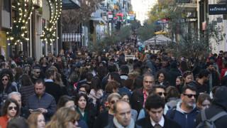 Εορταστικό ωράριο: Πότε ξεκινάει και ποιες Κυριακές θα είναι ανοιχτά τα μαγαζιά