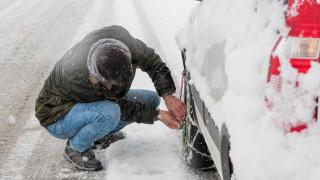 Χιόνια στη Μακεδονία: Πού χρειάζονται αλυσίδες