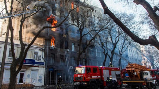 Φωτιά σε φοιτητική εστία στην Οδησσό με πολλούς αγνοούμενους