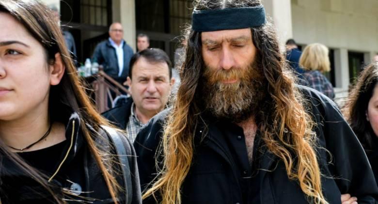 Στα δικαστήρια κατηγορούμενος ο πατέρας του Βαγγέλη Γιακουμάκη