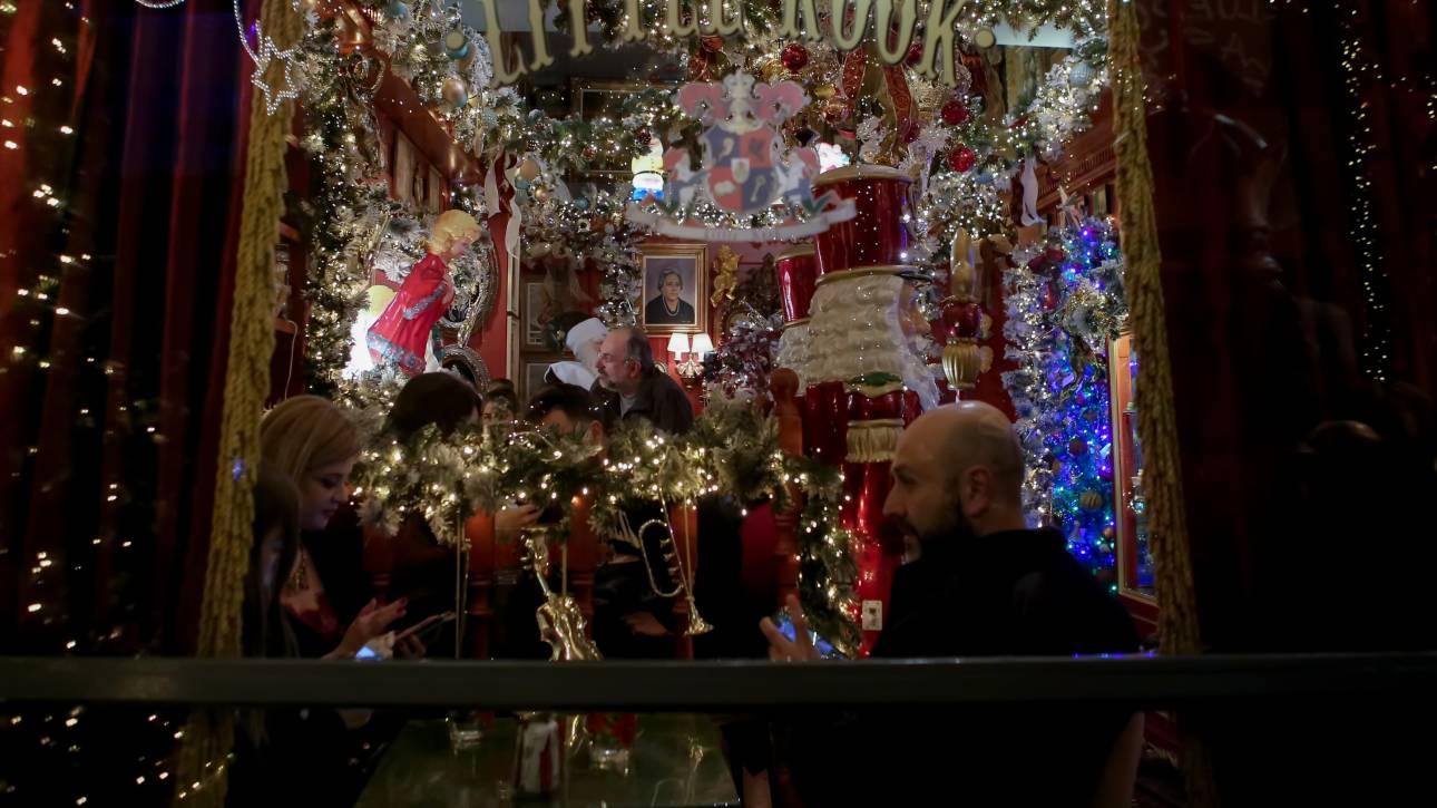 ΟΑΕΔ: Δείτε πότε καταβάλλονται δώρο Χριστουγέννων και επιδόματα