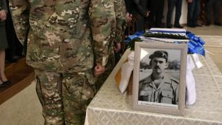 Συγκίνηση στην τελετή υποδοχής των λειψάνων έξι Ελλήνων αγωνιστών της Κύπρου