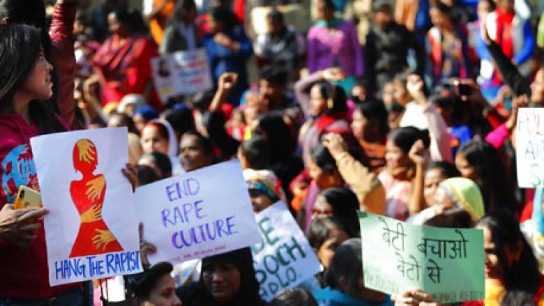 Ινδία: Αστυνομικοί σκότωσαν τέσσερις κατηγορούμενους για τον βιασμό 27χρονης κτηνιάτρου