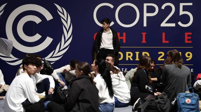 Μαδρίτη και Σαντιάγο διαδηλώνουν για την κλιματική αλλαγή ενόψει της συνόδου του ΟΗΕ