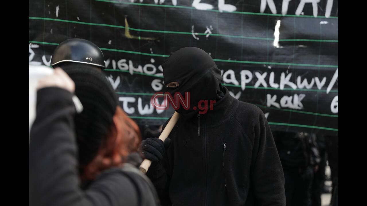 https://cdn.cnngreece.gr/media/news/2019/12/06/199728/photos/snapshot/LP2_3413.jpg