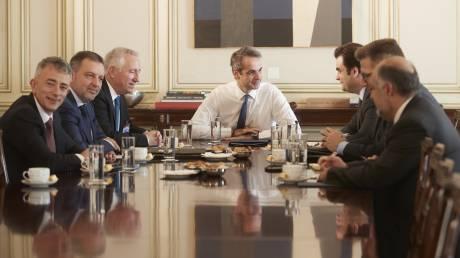 Συνάντηση Μητσοτάκη με τους παρόχους κινητής τηλεφωνίας: Τι συζητήθηκε