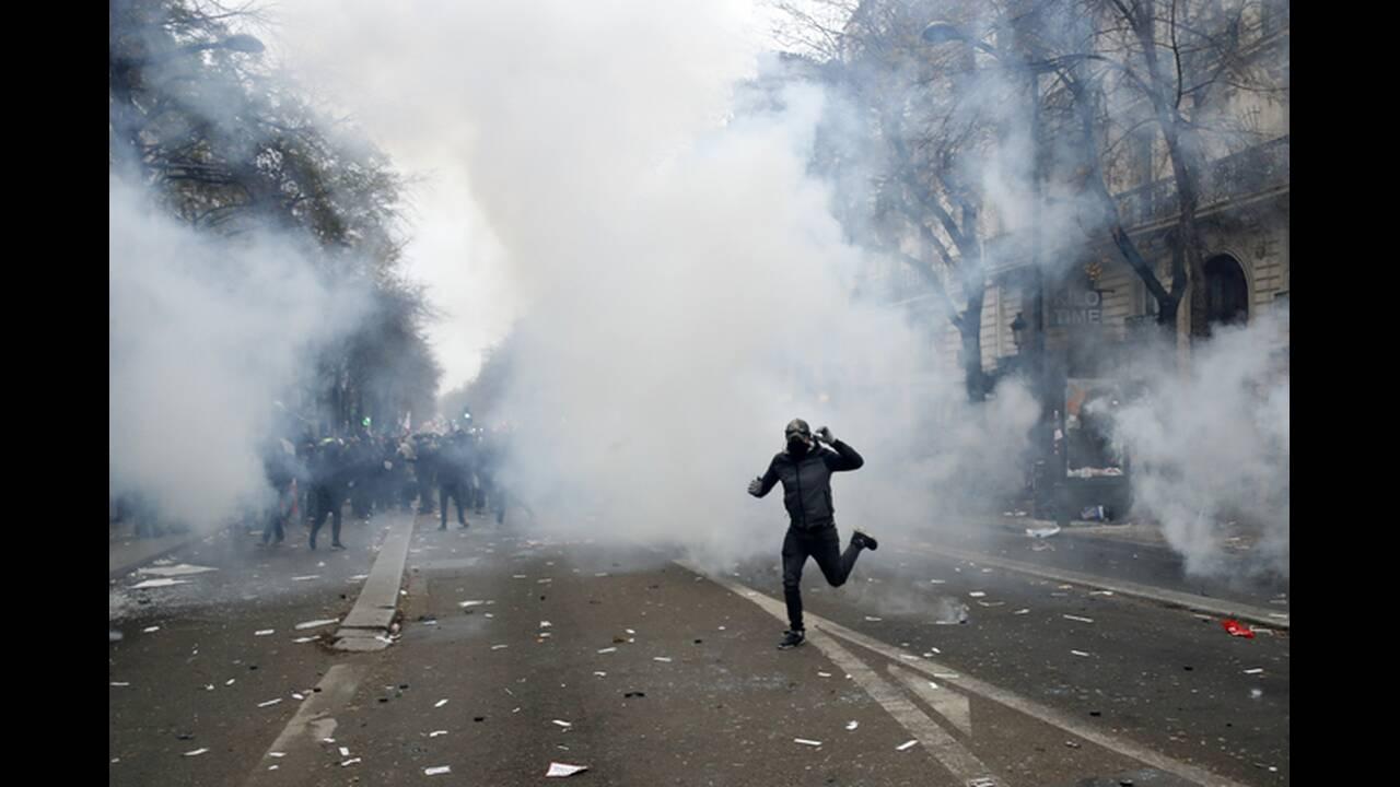 https://cdn.cnngreece.gr/media/news/2019/12/06/199738/photos/snapshot/AP_19339563024196.jpg