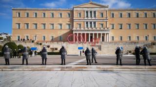 Επέτειος Γρηγορόπουλου: Μαθητές και φοιτητές τίμησαν ειρηνικά τη μνήμη του Αλέξη