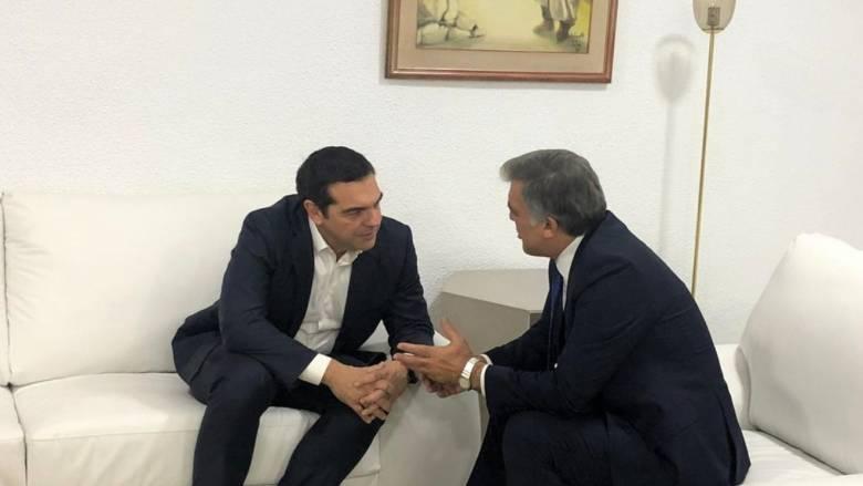 Με τον Αμπντουλάχ Γκιούλ συναντήθηκε ο Αλέξης Τσίπρας στην Τυνησία