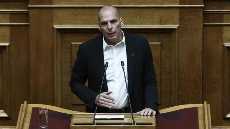 Βαρουφάκης κατά κυβέρνησης: Διευκολύνετε ύποπτους φοροφυγάδες