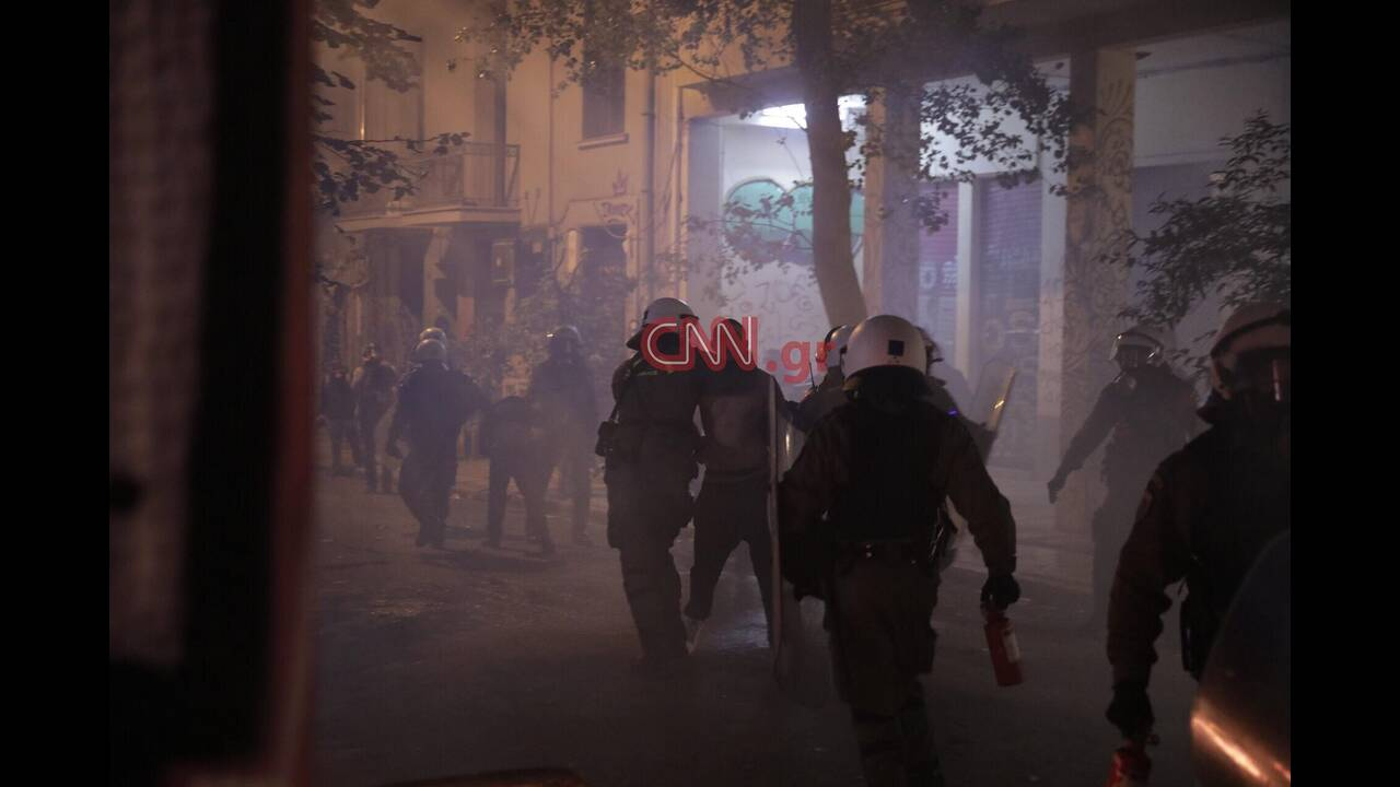 https://cdn.cnngreece.gr/media/news/2019/12/06/199815/photos/snapshot/78500768_536157997114760_6053086380223889408_n-1.jpg